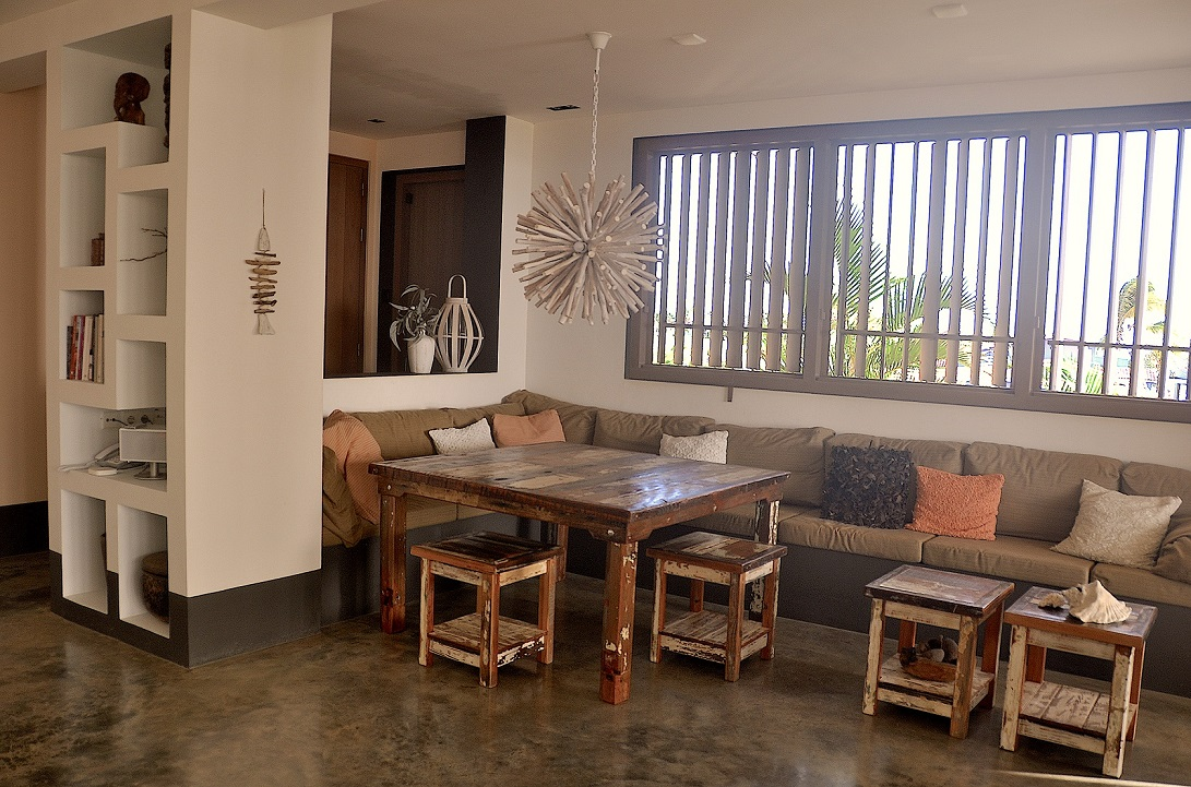 Piet Boon Eetkamer.Villa Kas Cinco Kabei Designed By Piet Boon Vakantie Verhuur